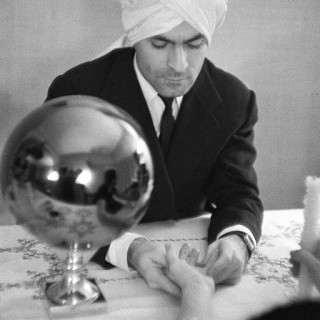 Inge Morath, Cristobal Balenciega with turban