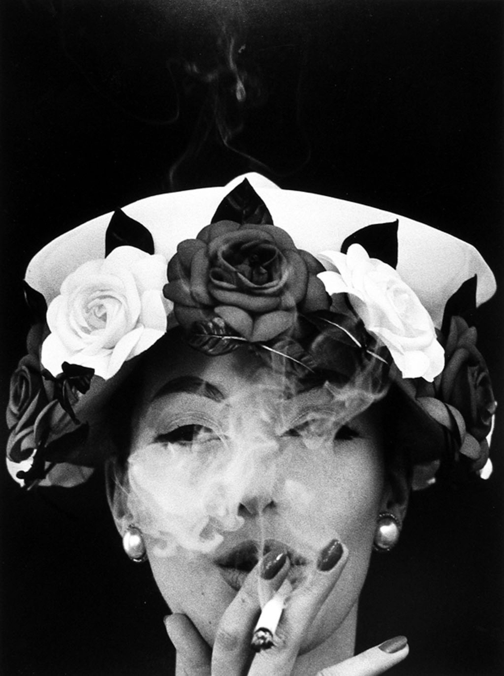 William Klein, Hat and 5 Roses, Paris (Vogue)